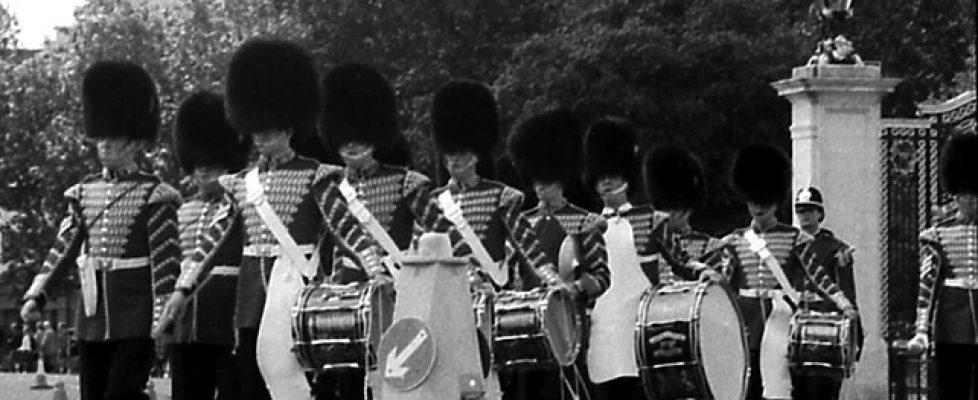 Parade in Front of Buckingham Palace 2005 #HappyBirthdayYourMajesty © Andrea Härtlein